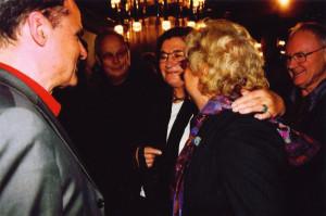 2002 Ausstellungseröffnung im Leipziger Gewandhaus am 24. Oktober mit Eckhart Gillen (links), Christa und Gerhard Wolf (rechts) Foto: Gerhard Gäbler